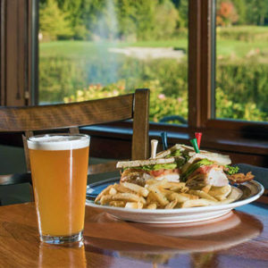 food and drinks at the blue heron in semiahmoo