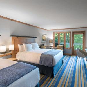 classic-deluxe-double-queen bed in Semiahmoo