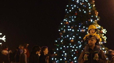 families gather in Blaine for a Christmas tree lighting event